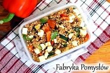Kasza gryczana z warzywami i serem feta