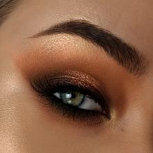 brązowo złoty makijaż