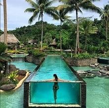 Basen na wyspie Laucala, Fidżi