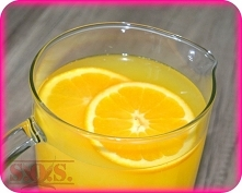Domowy napój pomarańczowy - pyszny, zdrowy, naturalny, bez barwników i bez ko...
