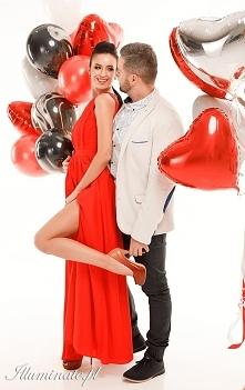 Cudowna długa czerwona suki...
