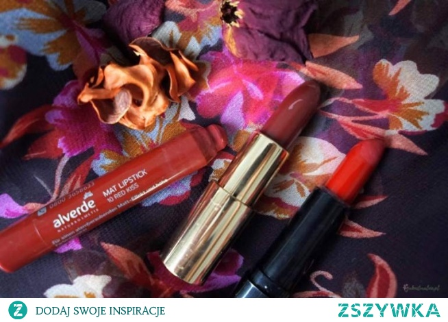 red lipstic