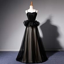 Piękne Czarne Sukienki Na Bal 2019