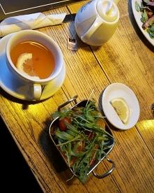 Grillowane warzywa i herbat...