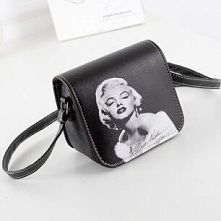 Ikona moda zawsze jest w modzie ;) kliknij w zdjęcie i zobacz gdzie kupić torebkę z wizerunkiem Marylin Monroe!