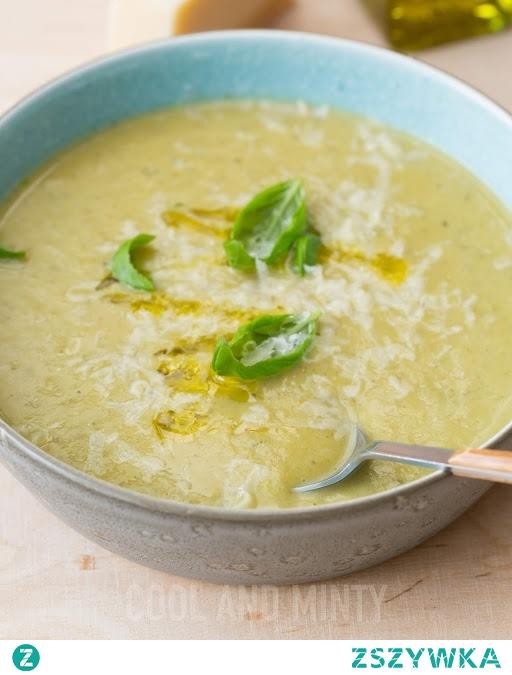 zupa brokułowo-selerowa, z parmezanem i oliwą truflową