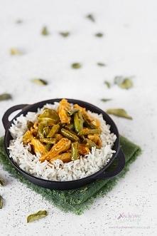Panang curry z kurczakiem i...