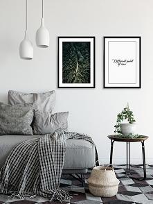 Dwa plakaty - Different point