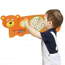 Sensoryczna tablica manipulacyjna Miś zaprojektowana przez cenionego producenta zabawek drewnianych dla dzieci firmę Viga Toys. zabawka przeznaczona do domu i przedszkola dla dz...