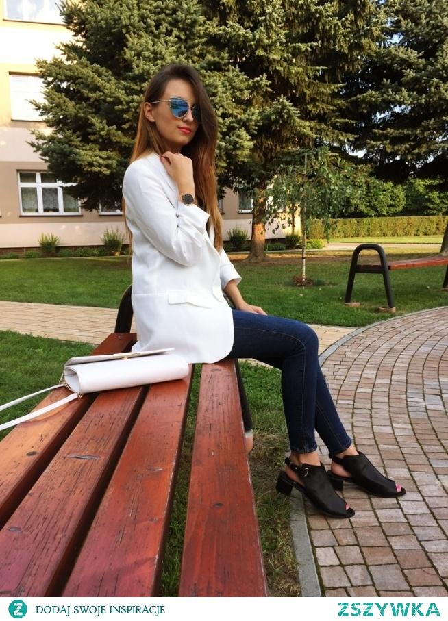 Marynarka - Shein zegarek - Cosa watches buty - Bonprix  Instagram -> madamelucyblog