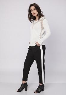 Sweter z dekoltem, SWE142 ecru/beż MKM