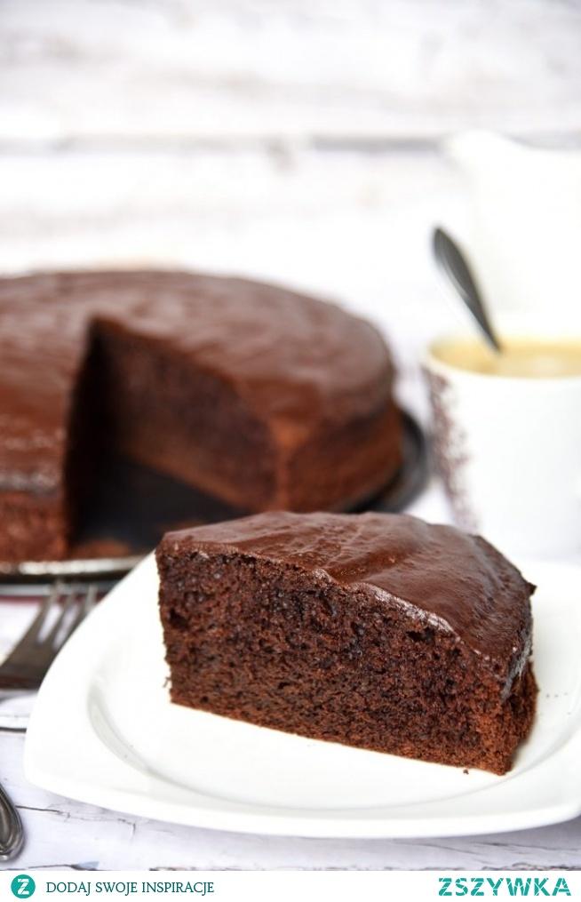 Proste ciasto czekoladowe (z filmikiem)
