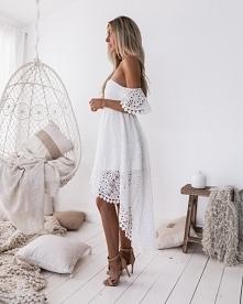 Sukienka Carlie White z noshame.pl (klik w zdjęcie, by przejść do sklepu)