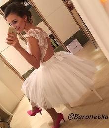 Piękny tył  sukienka od Bar...
