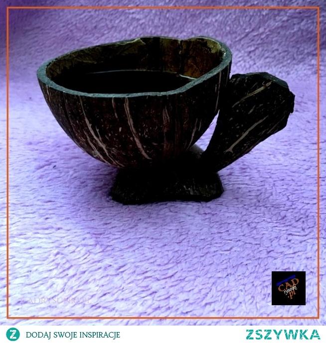 Filiżanka do kawy, herbaty wykonana z prawdziwego kokosa.