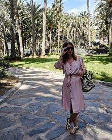 Pudrowa sukienka między palmami od SecretGar z 11 kwietnia - najlepsze stylizacje i ciuszki