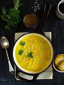 Bardzo żółta zupa z fasolki...