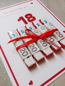 słodki prezent na osiemnastkę :) facebook: perfekcyjna kartka