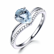 curved Aquamarine ring