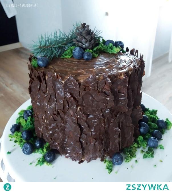 Mega prosty, a zarazem efektowny tort - tak to jest tort :D przepis na tort i dekorację - już na blogu :)