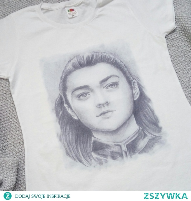 Koszulka hand made z grafiką z gry o tron. Idealna na prezent zarówno dla najbliższych jak i dla siebie