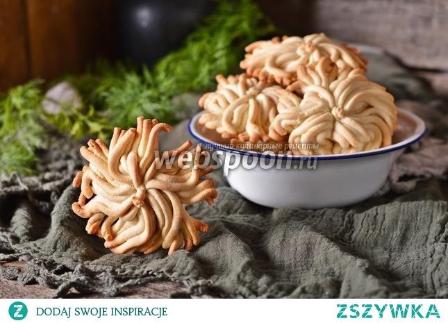 Ciasteczka Mimosa przez maszynkę do mięsa