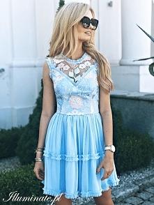 Błękitna, dziewczęca sukien...
