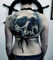 amazing skull tattoo on back
