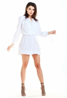 Biała Sukienka w Stylu Boho...