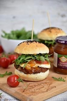 Domowe hamburgerki z wołowiną i Mango Chutney