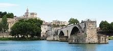 Francja. Awinion