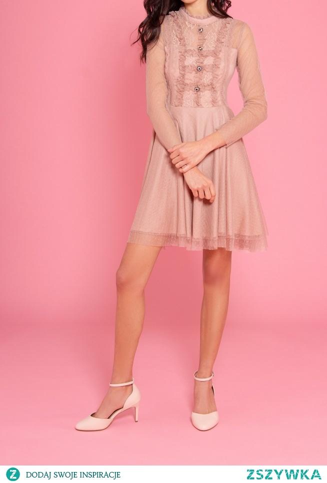 KLIKNIJ W ZDJECIE BY PRZEJŚĆ DO PRODUKTU SUKIENKOWO.COM SIDNEY - Tiulowa sukienkami z żabotami i szafirowymi guzikami