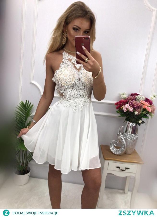 KLIKNIJ W ZDJECIE BY PRZEJŚĆ DO PRODUKTU SUKIENKOWO.COM CYNTIA - Luksusowa sukienka z gipiurą biała