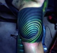 tatuaż iluzja 3d