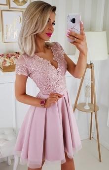 Koronkowa sukienka Bicotone...