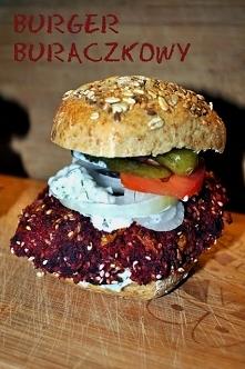 Burger z buraka własnej pro...