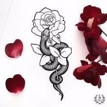 Nowoczesny tatuaż damski