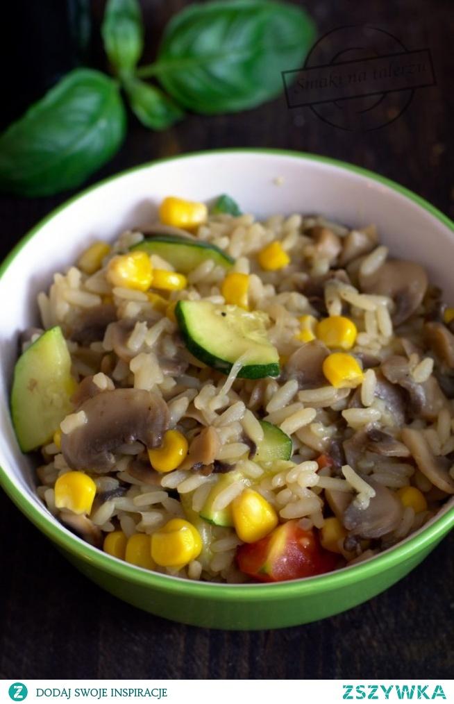 Jednogarnkowe danie z ryżem i pieczarkami