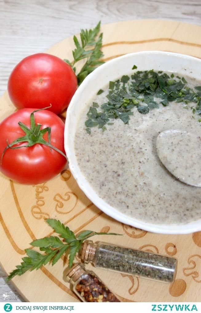 Zupa krem grzybowy z serem smażonym