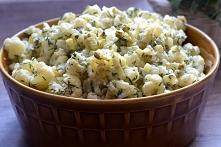 Sałatka kalafiorowa (doskonała jako samodzielne danie lub dodatek do mięs, ryb czy dań z grilla)