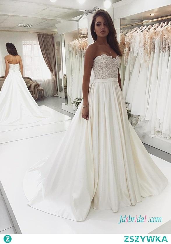 Nowoczesna dekolt w satynową koronkę #weddingdress Model: H0690 (Darmowa wysyłka na cały świat) Wyszukaj w witrynie numer modelu, link w bio