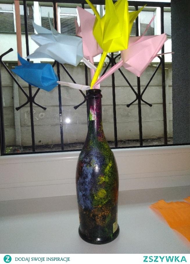 pomalowana butelka :)