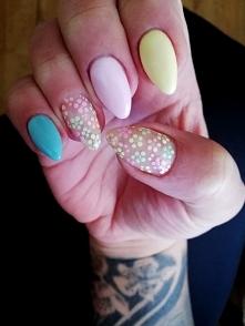 paznokcie pastele :)