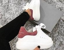 Jak wyczyścić białe buty? 3...