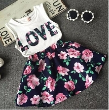 Ubrania w kwiaty idealne na...
