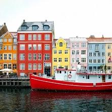 Puzzle > kolorowa Dania, piękne budynki