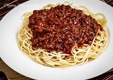Spaghetti z mięsnym sosem