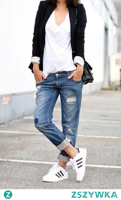 White t-shirt & jeans
