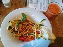 spaghetti z cukini i pesto z suszonych pomidorów mniam wege obiad