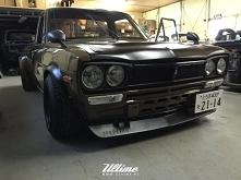 Hakosuka Datsun 620 - Skyli...
